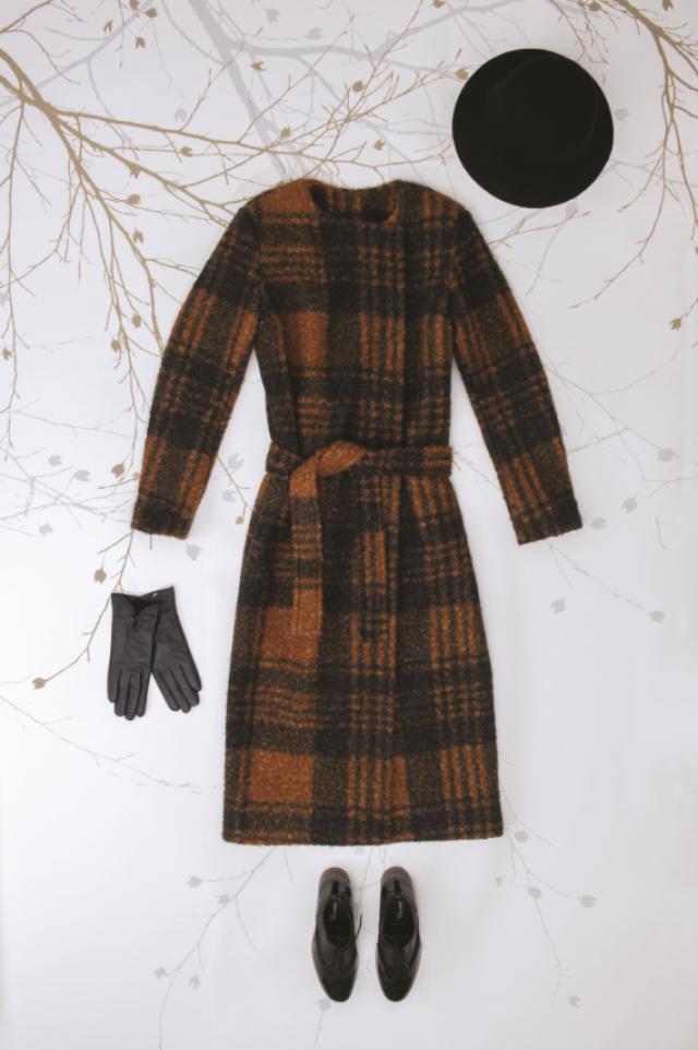 Patron femme : manteau à carreaux